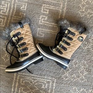 Sorel Tofino Waterproof Snow Boots 6 New